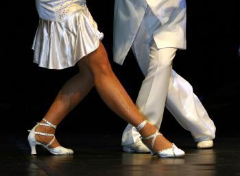 istock_dance